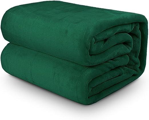 Darkgreen AMOR /& AMORE Fleece Throw Blanket Flannel Lightweight Cozy Plush Microfiber Solid Blanket Full