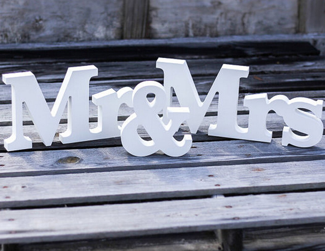 Aimeart Wooden Letters Wall Decor MR & MRS For Wedding Party Room Decoration