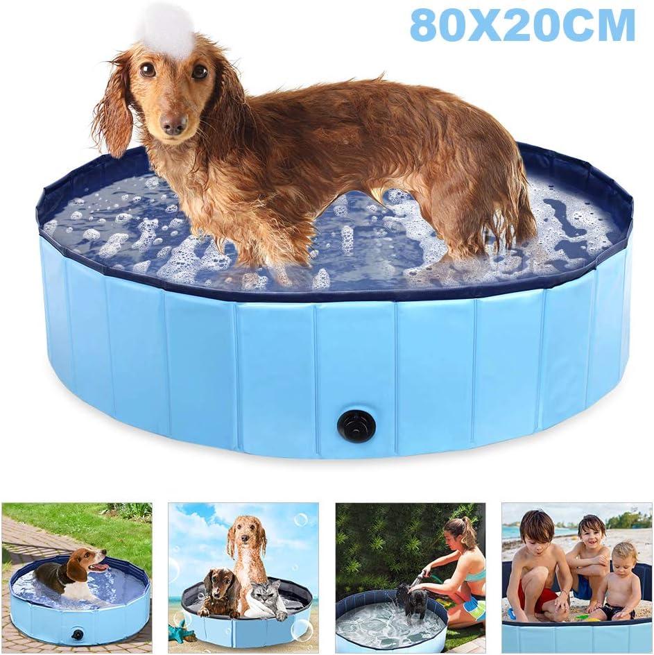 Eine Person, die benutzt Hund Badewannen