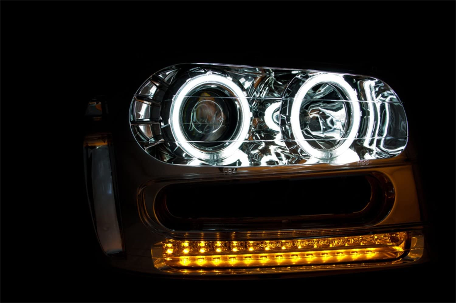 Anzo USA 111131 Chevrolet Trailblazer Chrome Projectors w//Halos Headlight Assembly Sold in Pairs