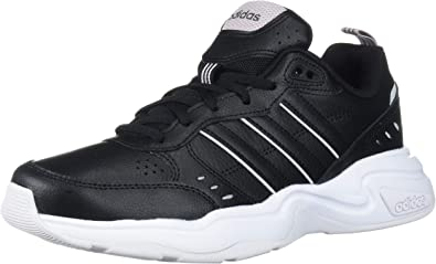Elucidación Canciones infantiles ola  Amazon.com | adidas Women's Strutter Cross Trainer | Fashion Sneakers