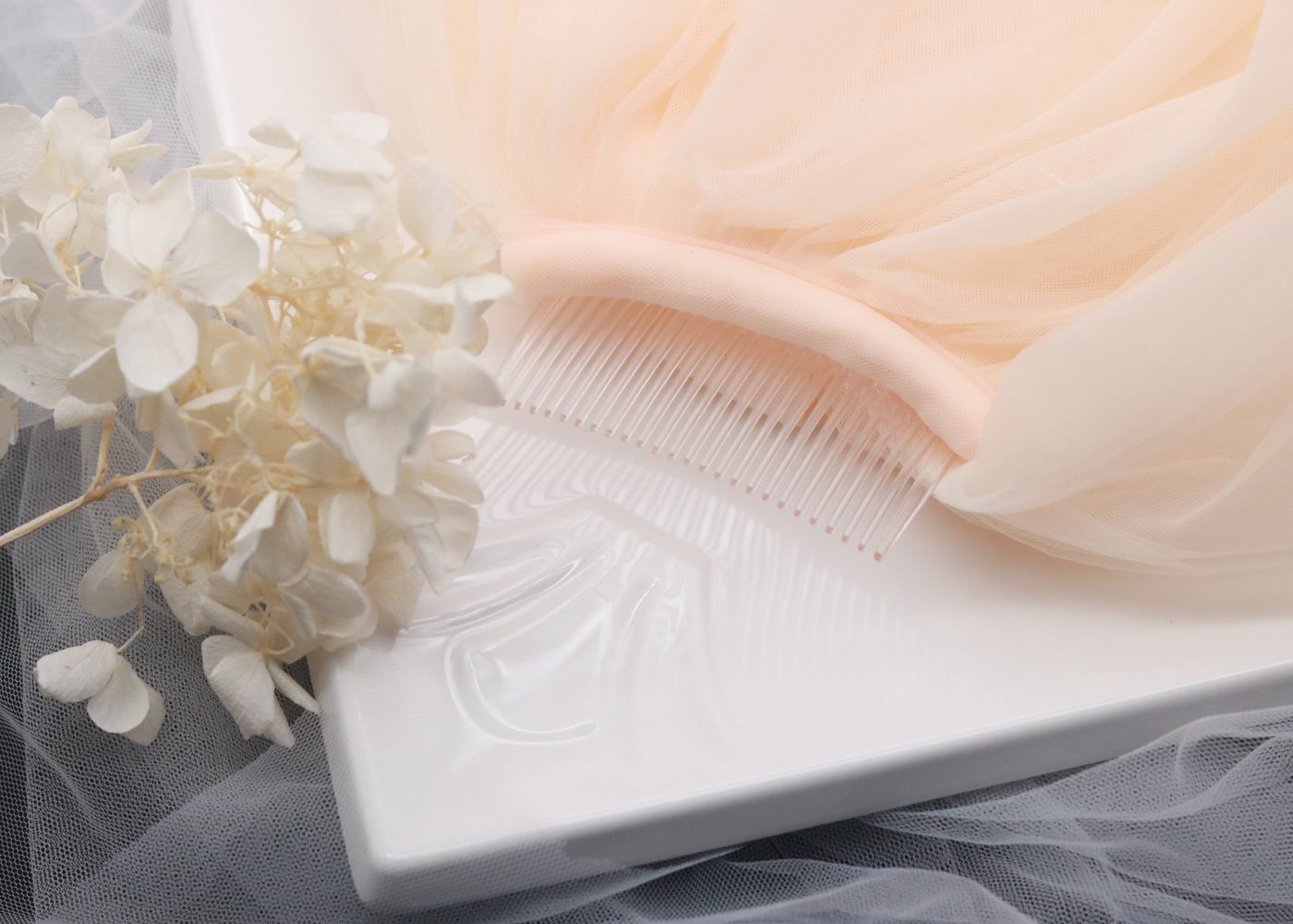 Champagne Kercisbeauty Wedding Lace 4 layer White and Champagne Veil Drop Soft Tulle for Bride with Hair Comb Wide Lace Veil Chapel Veil Single Layer Veil Wedding Hair Accessories