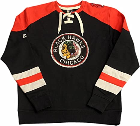 a958abf8a Majestic Chicago Blackhawks Vintage Crew Neck Sweater Distressed Circle  Logo 12540 (2X-Large)