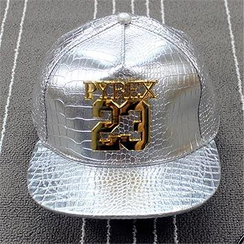 Jordan PYREX 23 Pelle Snapback cappelli tappi (bianco con logo in metallo) c88940f459f4