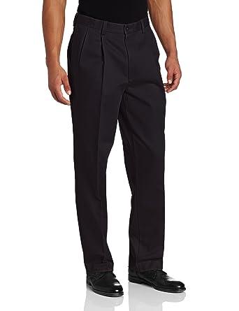 ae8ca35a5b508 Savane Men s Pleated Performance Chino Pant  Amazon.ca  Clothing ...