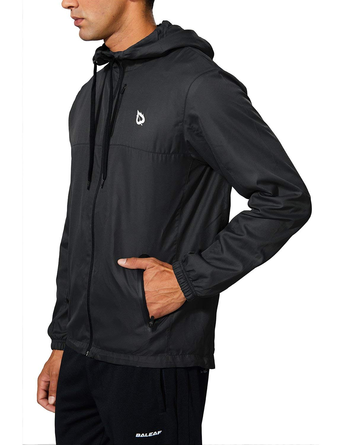 060152a6a5ed Amazon.com  Baleaf Men s Running Windbreaker Lightweight Hooded Windproof  Jacket  Sports   Outdoors