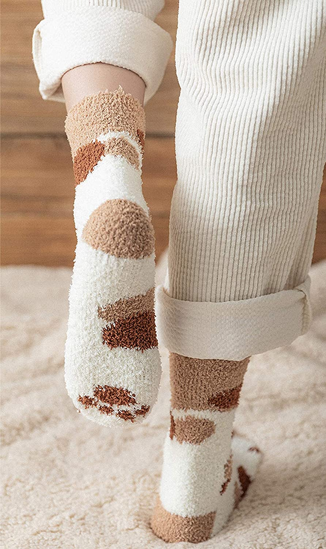 chaussettes mignonnes de patte de chat de corail de bande dessin/ée de nouveaut/é pour les dames filles femmes CNNIK 6 Paires Chaussettes pour femmes pour lhiver