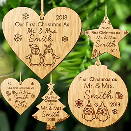 Personalised Mr /& Mrs First Christmas Clear Acrylic Christmas Bauble Decoration