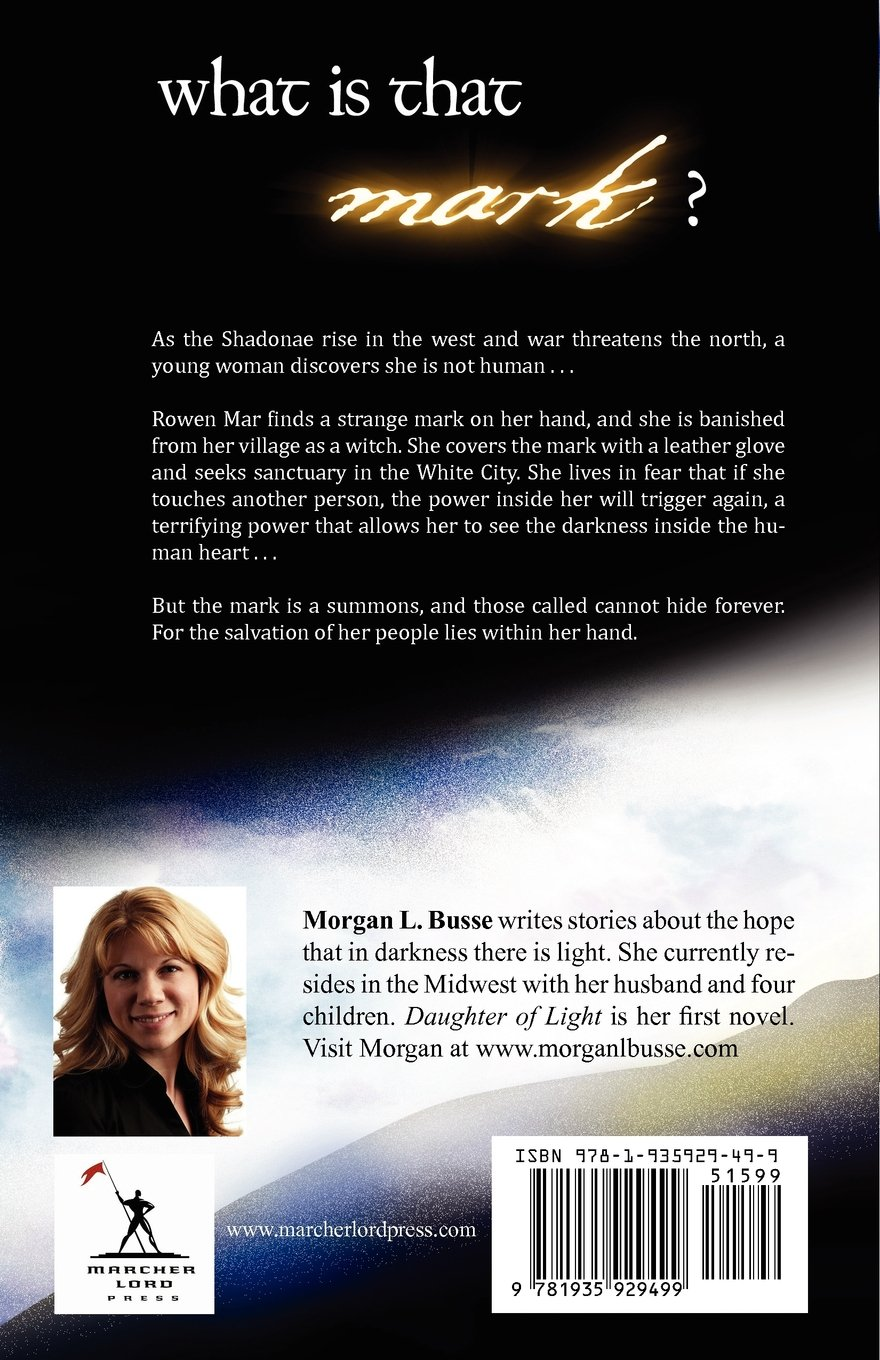 Daughter Of Light (follower Of The Word): Morgan L Busse: 9781935929499:  Amazon: Books