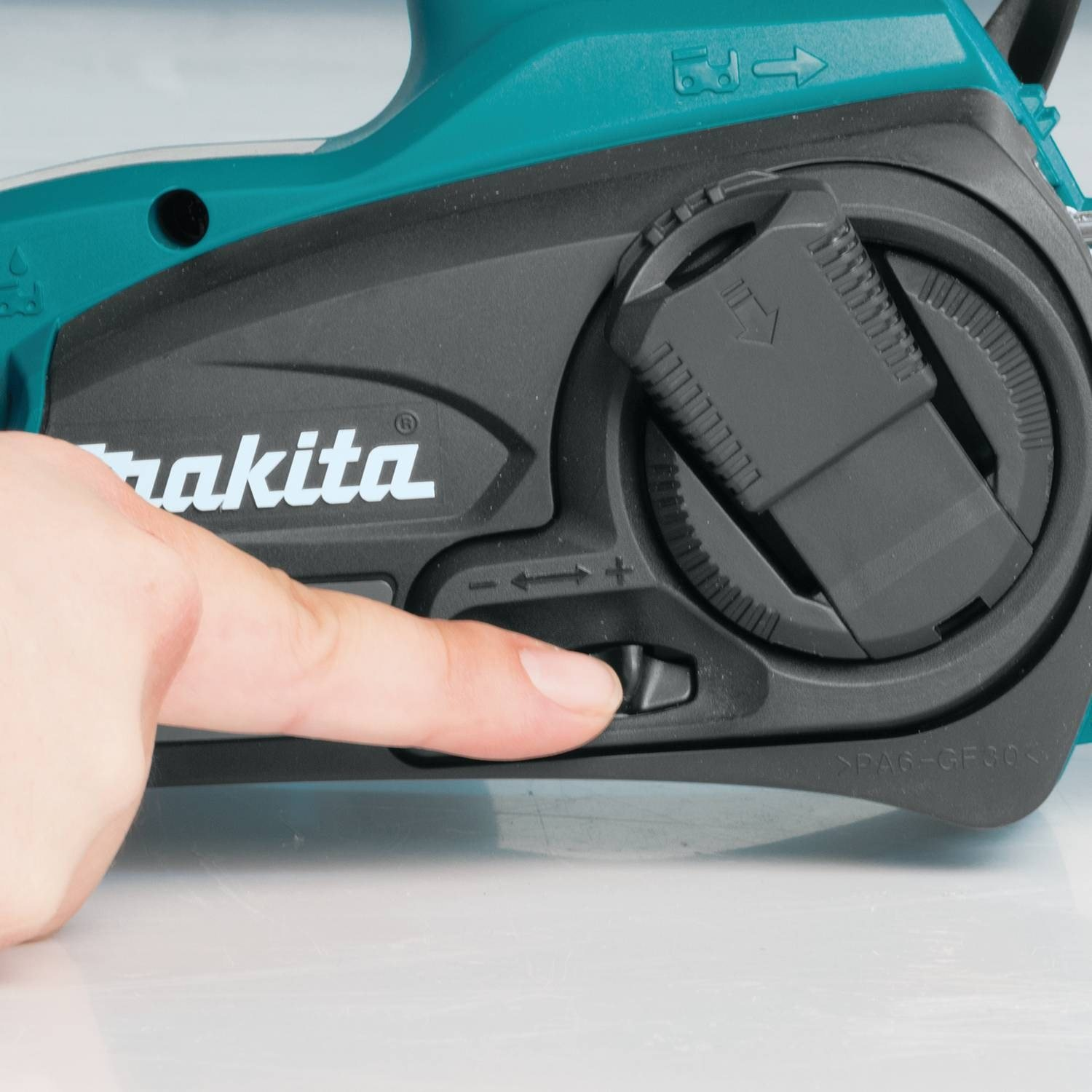 Makita XCU02PT1 Chainsaws product image 10