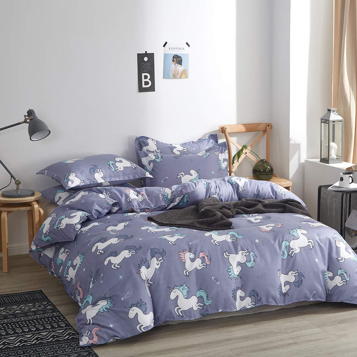 Uozzi bedding Summer Unicorn Comforter Queen Blue-gray with Stars and Rainbows 100% Microfiber Hypoallergenic Girls Boys 88x88 Unicorns Duvet Iinsert Cute All-Season Bed Comforters for Kids Teen Women