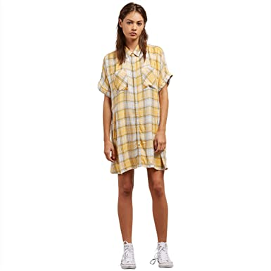 4fcace25281 Amazon.com  Volcom Junior s Sun Punch Mini Dress  Clothing