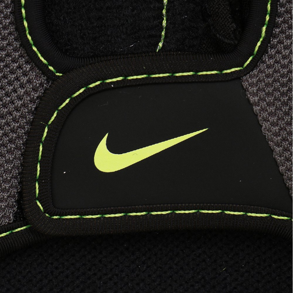 5d0106b5ca4ebf Nike Herren 9092/7 Mens Fundamental Training Gloves Trainingshandschuhe:  Amazon.de: Sport & Freizeit