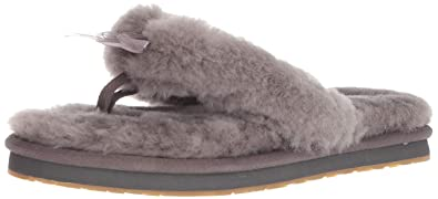 96d3c9c907a7 Amazon.com  UGG Women s W Fluff Flip Flop III Slipper  Shoes