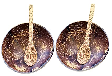Coconut bowls and spoons