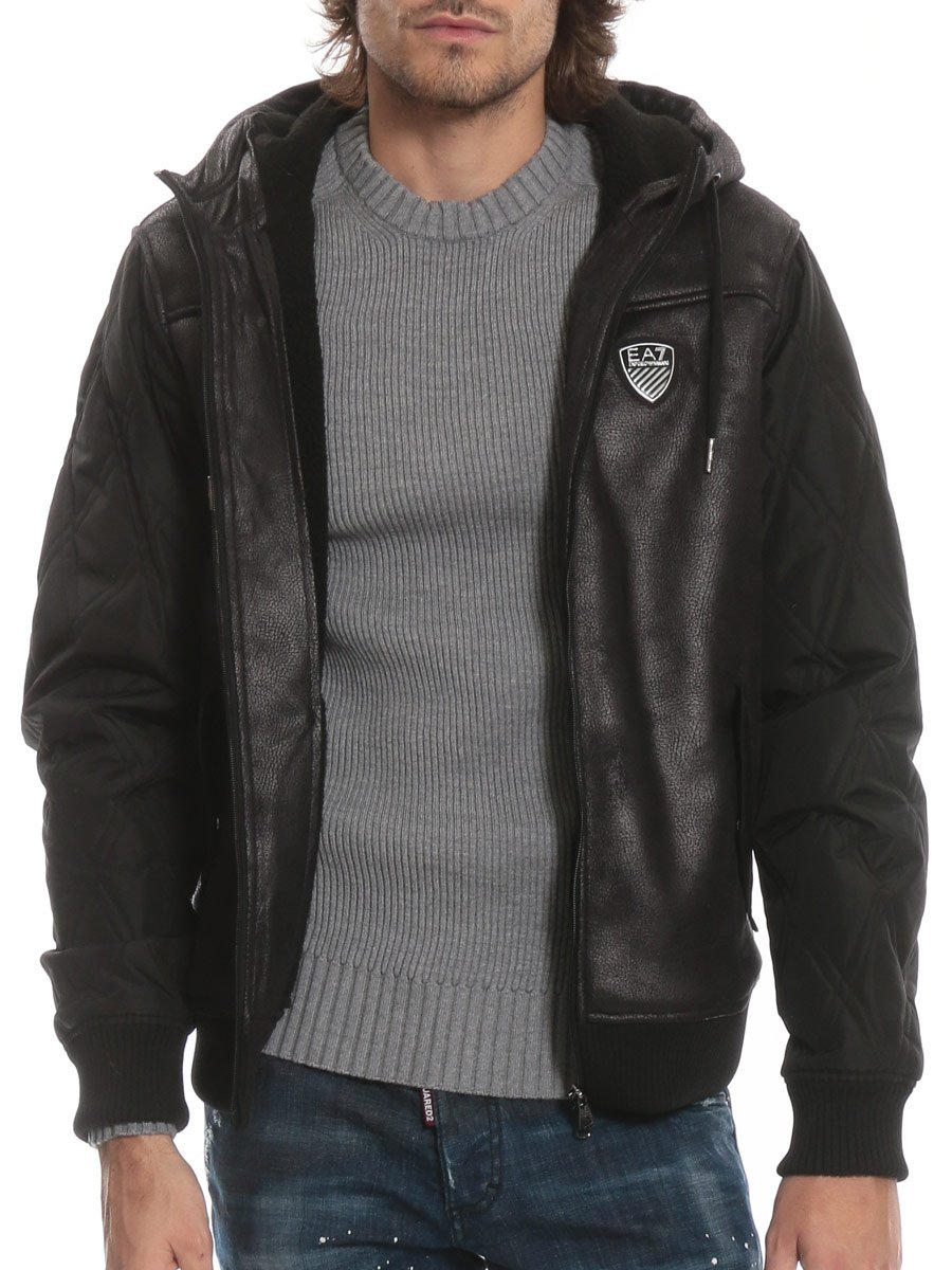 (エンポリオ アルマーニ) EMPORIO ARMANI 胸ロゴ 異素材切り替え 裏ボア ボンバージャケット [EA6ZPBA5PN54Z]ブラック/S [並行輸入品] B07FYL13W3 M|ブラック ブラック M