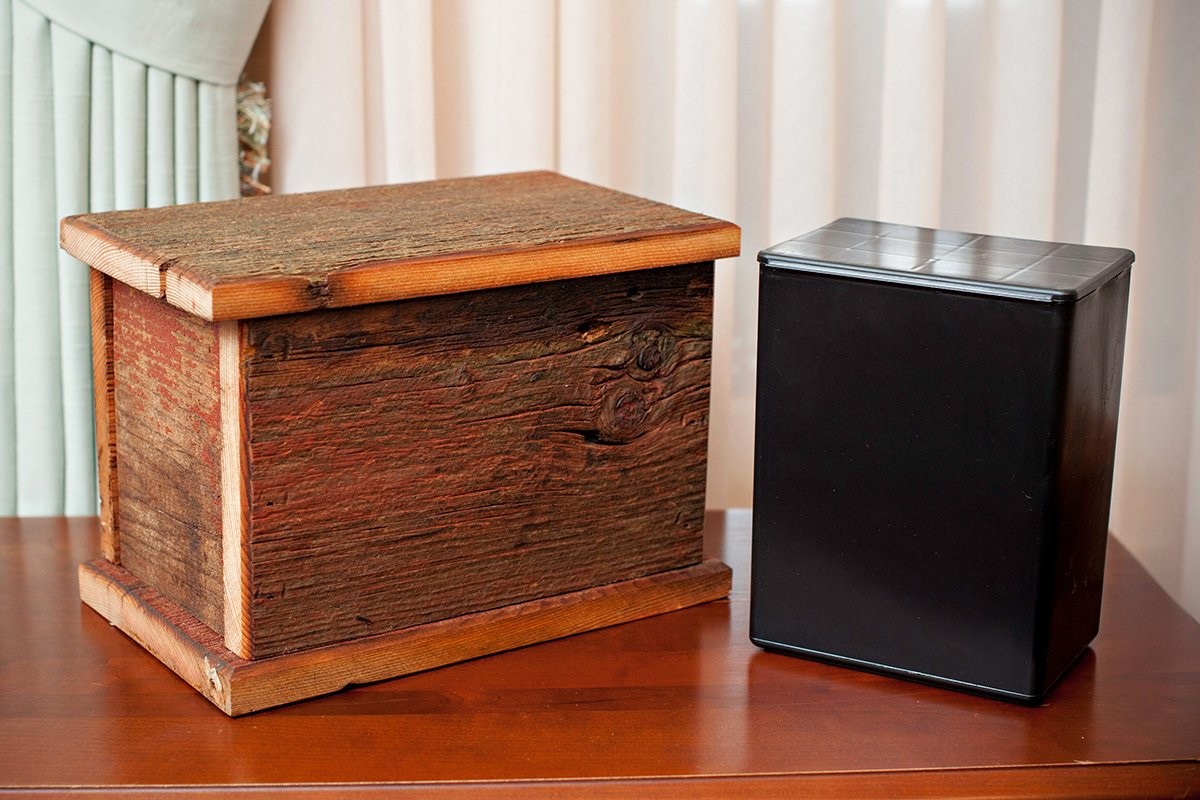 Barnwood Funeral Urn in Pine - Handcrafted in Wisconsin, USA From Vintage Barn Wood - Cremation Urn For Human Ashes & Cremated Remains - Burial Urn - Decorative Urn - Wood Urn by Northwoods Casket Company (Image #5)