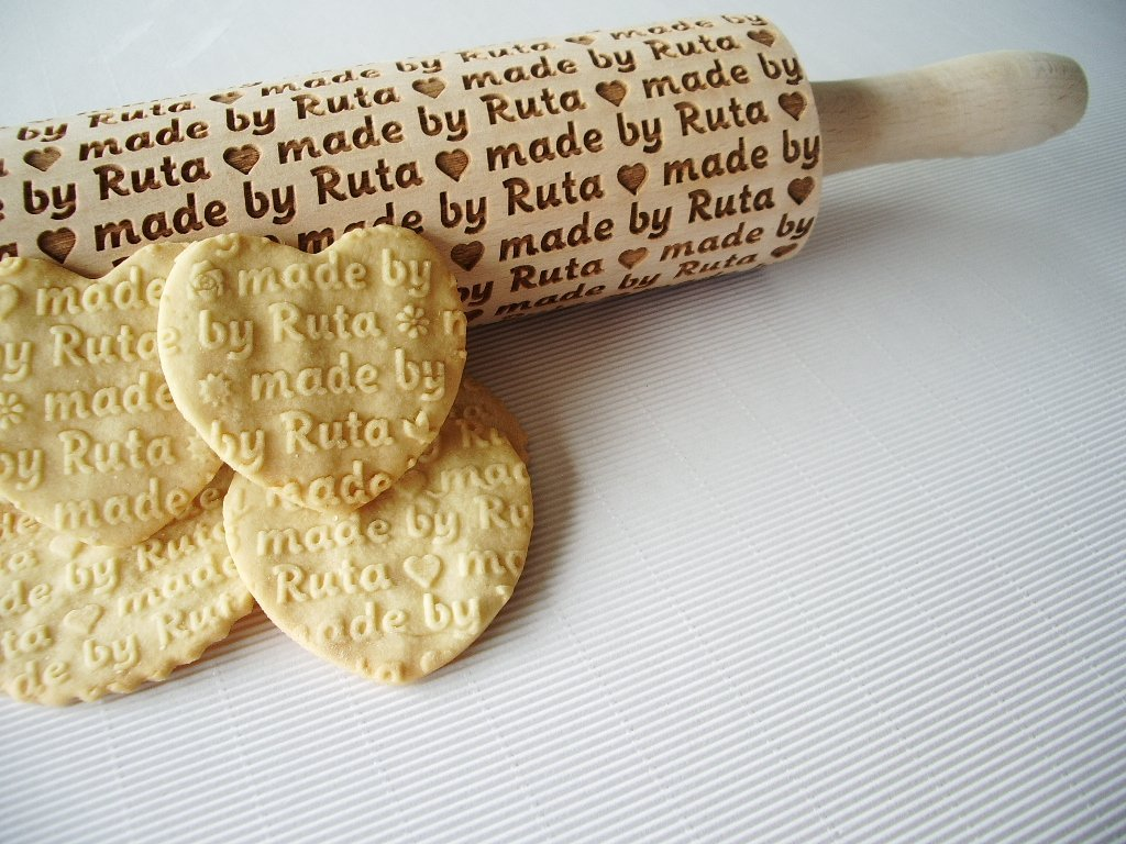 Personalized Rolling pin. Wooden embossing rolling pin with name or any text. Embossed cookies. Birthday gift. Gift for girlfriend