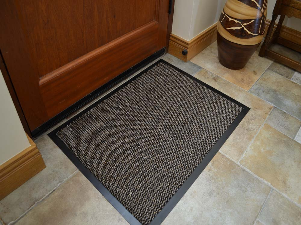 SMALL BROWN /BLACK DOOR MAT RUBBER BACKED RUNNER BARRIER MATS RUG PVC EDGED KITCHEN MAT(40 X 60 CM) by RUGS 4 HOME Amazon.co.uk Kitchen \u0026 Home & SMALL BROWN /BLACK DOOR MAT RUBBER BACKED RUNNER BARRIER MATS RUG ...