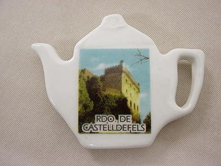 IMAN Nevera Forma DE Tetera Porcelana Souvenir Recuerdo DE CASTELLDEFELS Castillo Barcelona CATALUÑA ESPAÑA Spain: Amazon.es: Hogar