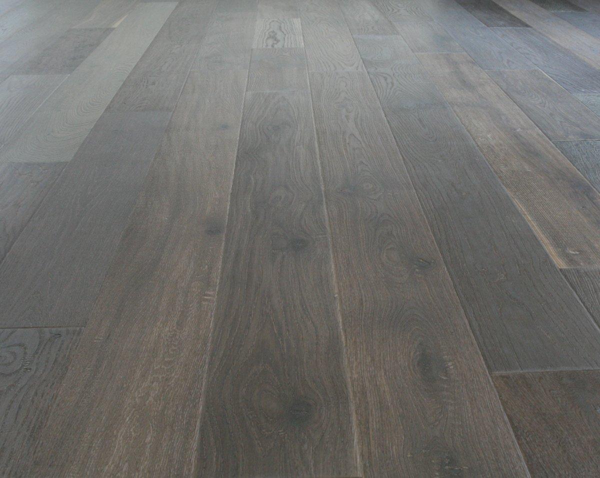 White distressed engineered wood flooring gurus floor for Engineered woods