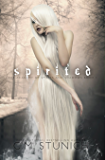 Spirited: A Reverse Harem Fantasy Romance (The Academy of Spirits and Shadows Book 1) (English Edition)