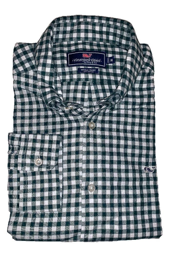ae5642cbc69c Vineyard Vines Men s Classic Fit Whale Shirt at Amazon Men s Clothing store
