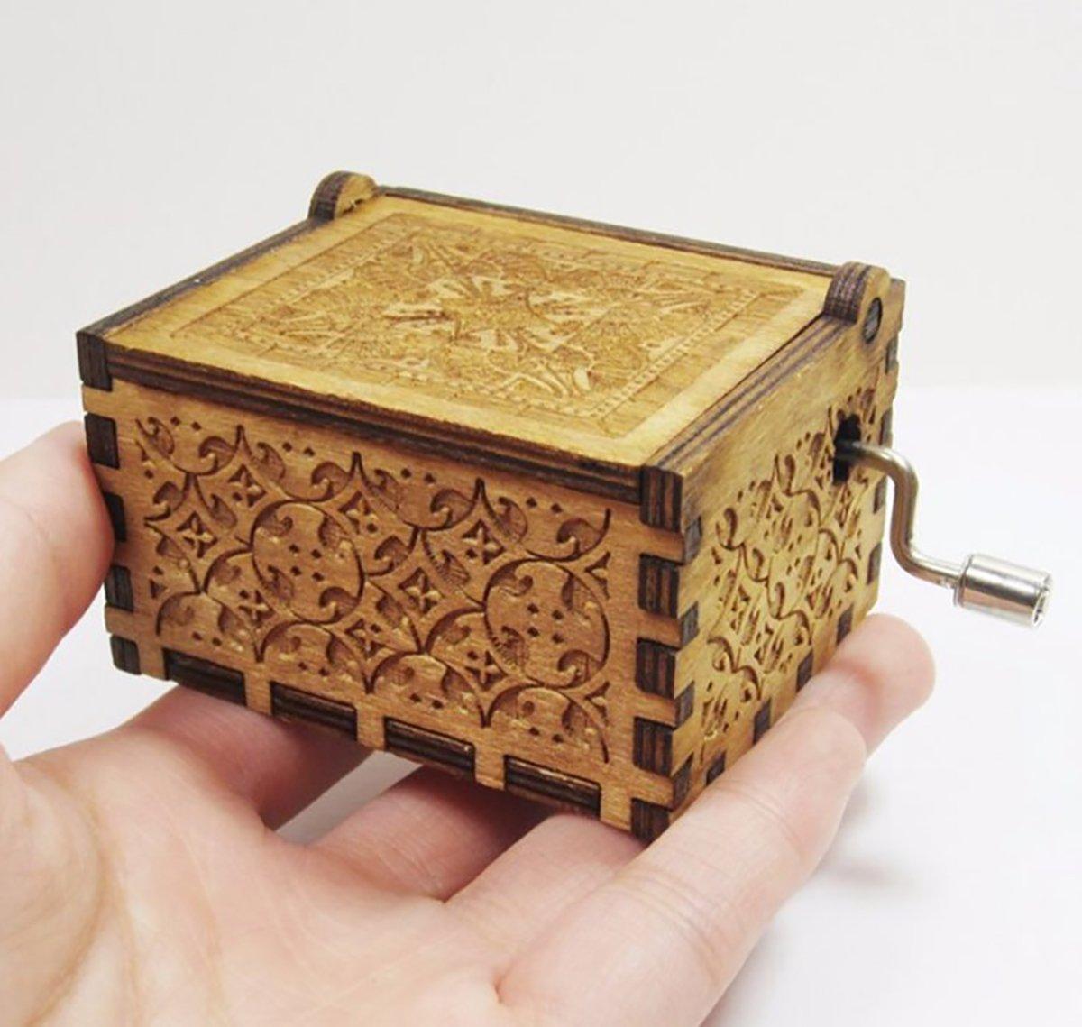 su ma Caja de m/úsica de madera cl/ásica de la caja de la m/úsica de Harry Potter Music Box para los regalos