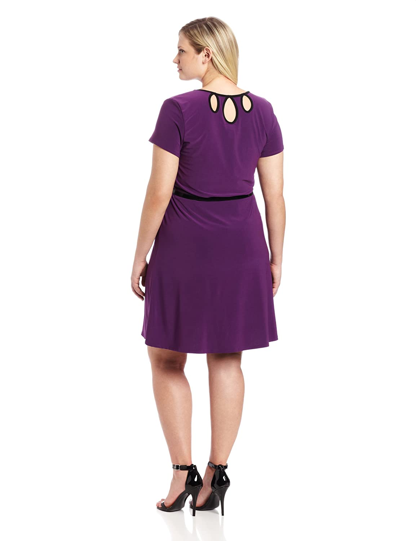 Star Vixen Womens Plus-Size Short Sleeve Triplekeyhole Skater Dress
