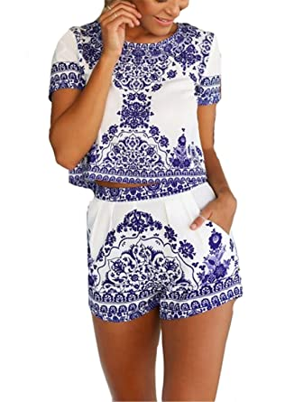 02c7951ed34b9 Amazon.com: AvaCostume Women's Blue White Short Sleeve Floral Crop Top with  Shorts 2 Pieces: Clothing