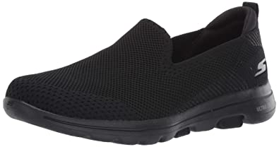 b8d72543 Amazon.com | Skechers Women's Go Walk 5-Prized Sneaker | Walking