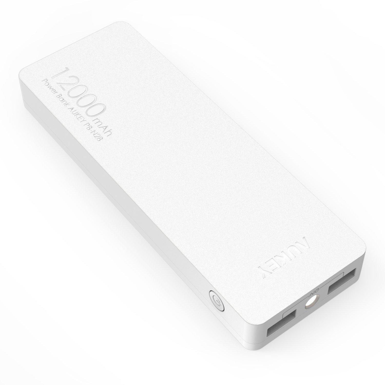 AUKEY Caricabatterie Portatile di 12000mAh, Ingresso 2A+Uscite Totali 3,4A, per iPhone, iPad, Google Nexus, Kindle, Altoparlante e altri Dispositivi con Ingresso 5V, con un Cavo Micro USB di 20cm (Bianco)