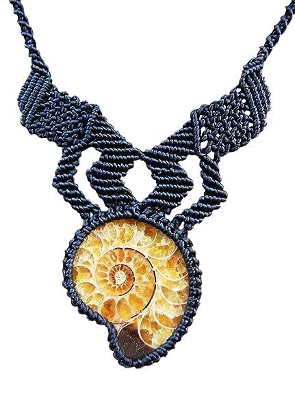 Collar con Macramé Ammonite fósil piedra, artesanal hecho a mano, color negro: Amazon.es: Joyería