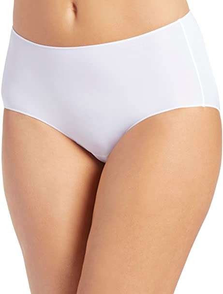 e96fe5320241 Jockey Women's Underwear No Panty Line Promise Tactel Hip Brief: Amazon.ca:  Clothing & Accessories