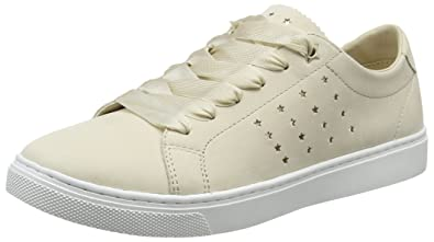 728e8e20b Tommy Hilfiger Women s s Perforated Essential Sneaker Low-Top ...
