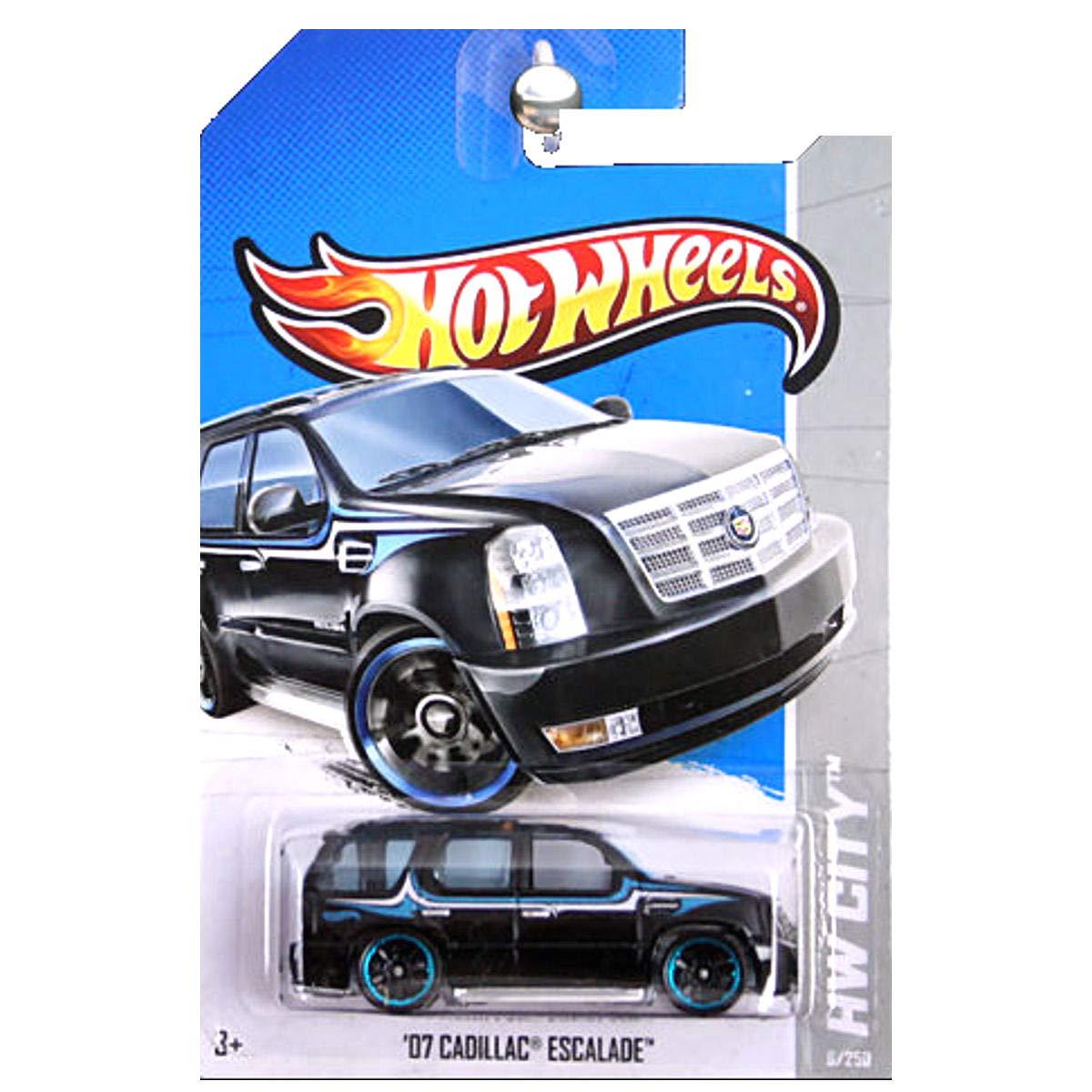 Amazon Com 2013 Hot Wheels Hw City 07 Cadillac Escalade Toys