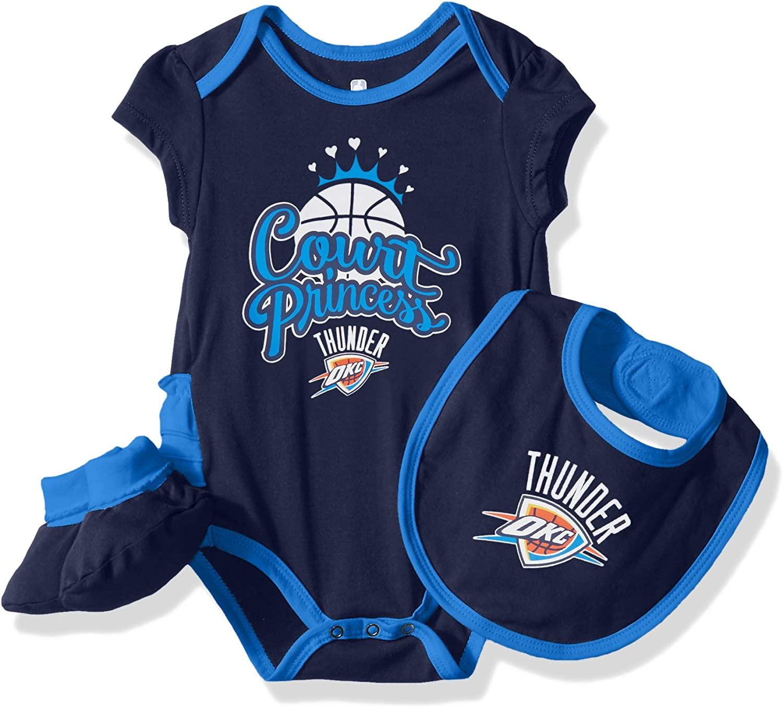 "NBA by Outerstuff NBA Newborn & Infant ""Mini Trifecta"" Bodysuit, Bib & Bootie Set: Clothing"