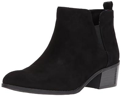 563652cc2a4 Amazon.com   Tommy Hilfiger Women's Randall Ankle Boot, Black, 5 M ...