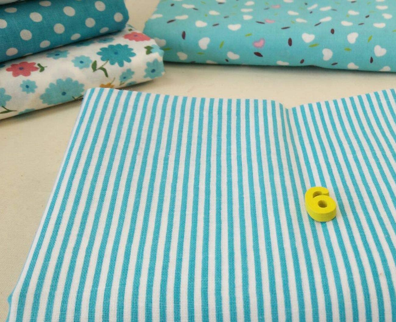 MoonyLI 7 Pieces Cotton Fabric for Quilting Patchwork Cotton Craft Fabric Cotton Fabric Patchwork Fabrics Fabric Packets Printed Fabric Blue