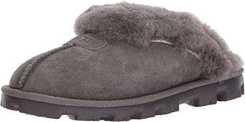 New Year's warm gray ugg boots with fur. Winter collection of..