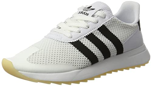 2640363e201 adidas Women s Flashback Low-Top Sneakers  Amazon.co.uk  Shoes   Bags