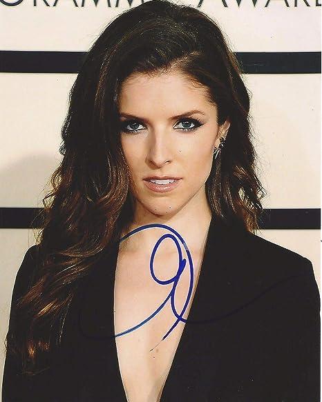 Photo Anna Kendrick Autograph Signed 8 x 10