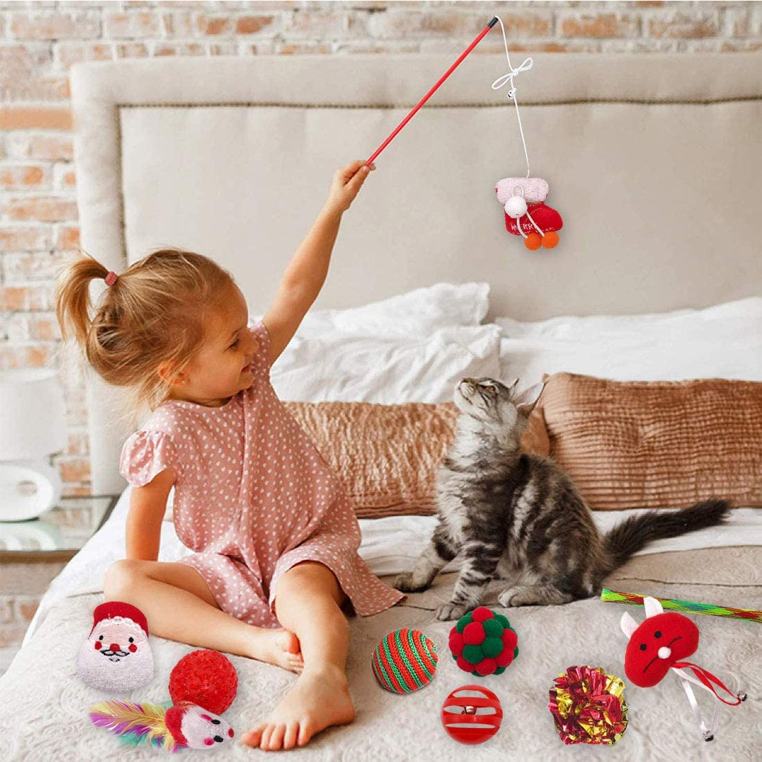 Best Gift for Cat 10PCS YUESEN Christmas Cat Toys,Cat Presents Cat Xmas Toys Set Interactive Variety Pack mouse feather cat plush toys for indoor catnip toys for kitten Toys for Indoor Cats