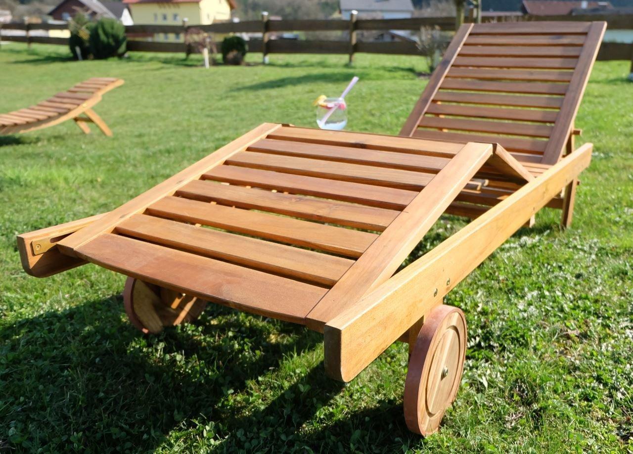 Amazon.de: Hochwertige Sonnenliege Gartenliege Strandliege Liegestuhl  Holzliege U0027EVEu0027 Aus Holz Akazie Wie Teak C3017H Von AS S