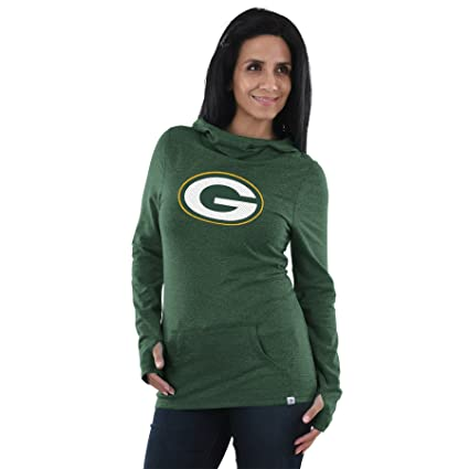 fe82567ba Amazon.com   Green Bay Packers Majestic Womens Great Play Cowl Neck ...