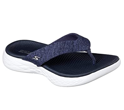 f9ace75a20eb Skechers Women s On-The-go 600-15304 Flip-Flop Navy White 12 B(M) US  Buy  Online at Low Prices in India - Amazon.in