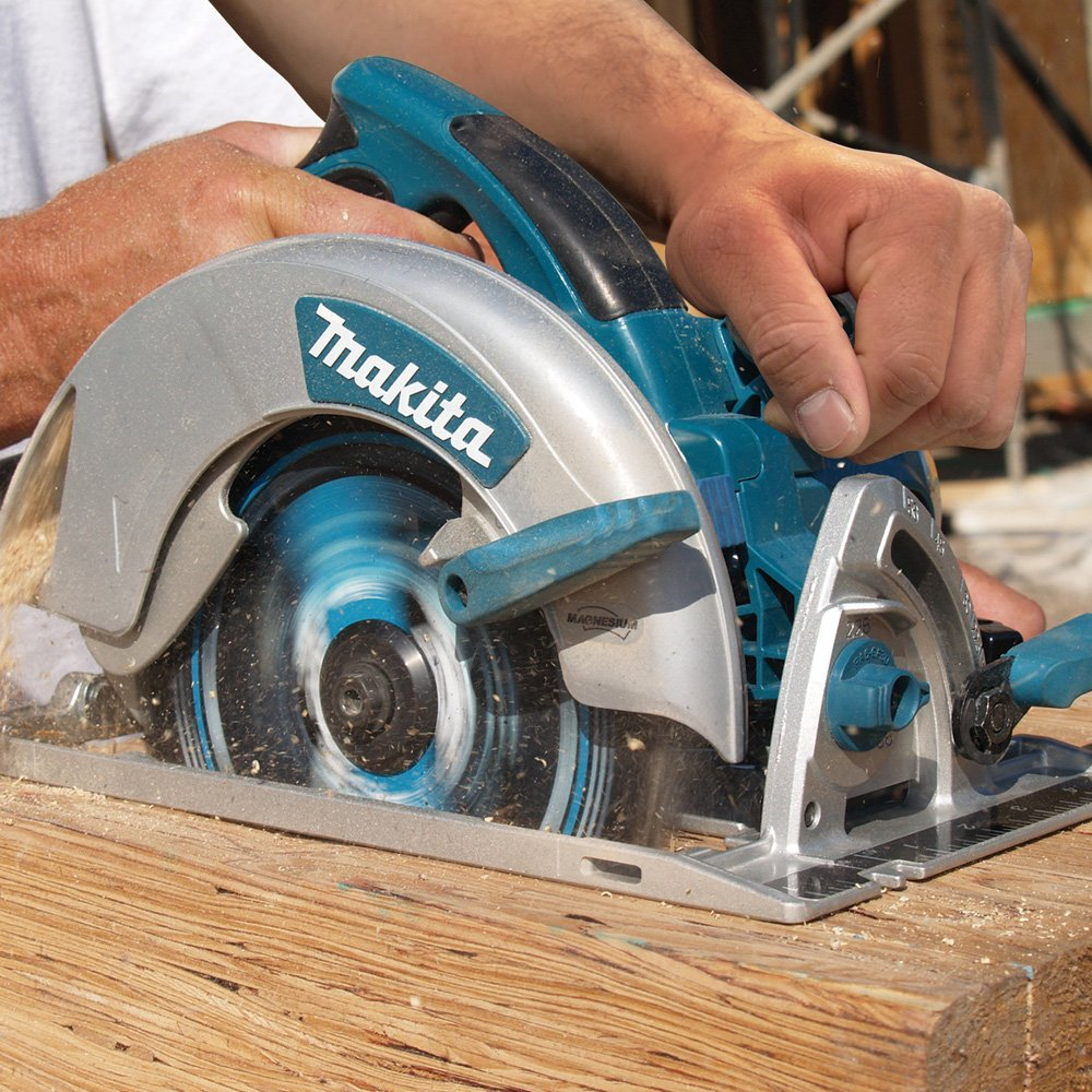 Makita Magnesium 7 ¼-Inch Circular Saw (5007MG) Review 3