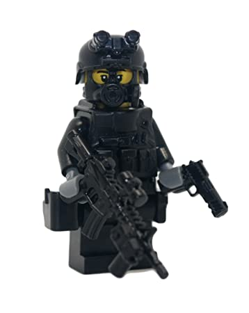 Amazon.com: SWAT Police Officer M4A1 Rifleman - Modern Brick ...