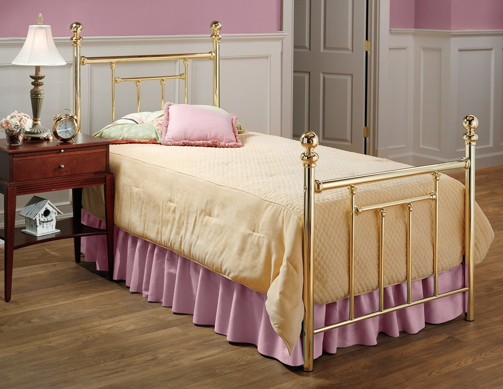 Amazon.com: Hillsdale Furniture 1035BTWR Chelsea Bed Set with ...
