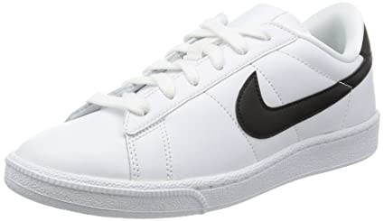 a55e98379710 Amazon.com  Nike Men s Tennis Classic Leather Fashion Sneaker   Nike  Shoes